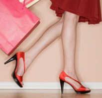 Как научиться правильно ходить девушке. Советы о правильной осанке