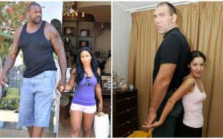 Огромный баскетболист и его жена. Почему баскетболисты высокие