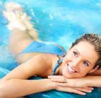 Можно ли поехать на море или посещать бассейн после родов. Правила посещения бассейна кормящей мамой